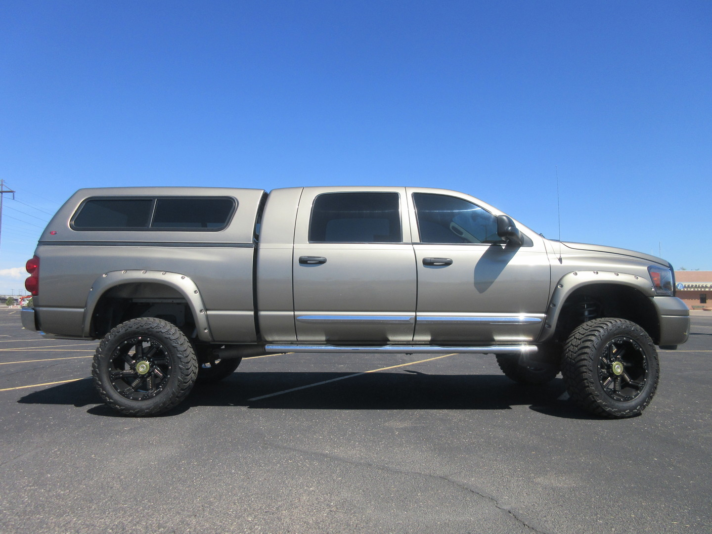 2008 dodge ram 1500 laramie mega cab 4x4 5 lift fultons used cars inc. Black Bedroom Furniture Sets. Home Design Ideas
