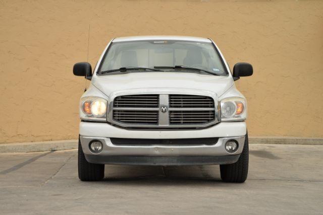 2008 Dodge Ram 1500 SLT San Antonio , Texas 3