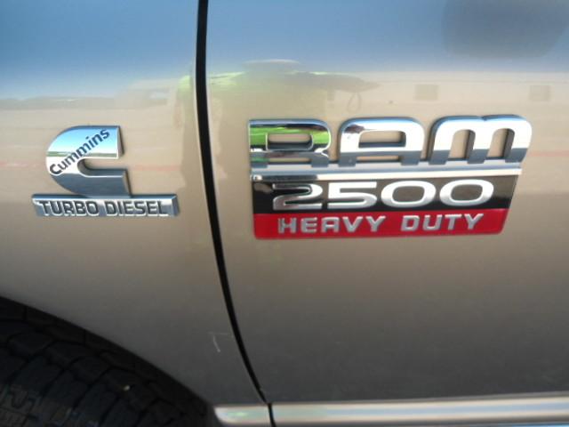 2008 Dodge Ram 2500 SXT Mega Cab Plano, Texas 10