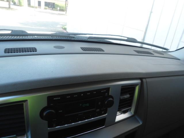 2008 Dodge Ram 2500 SXT Mega Cab Plano, Texas 28