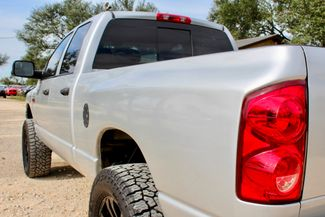 2008 Dodge Ram 2500 SLT Quad Cab 4X4 6.7L Cummins Diesel Auto LIFTED Sealy, Texas 9