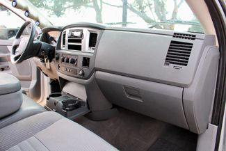 2008 Dodge Ram 2500 SLT Quad Cab 4X4 6.7L Cummins Diesel Auto LIFTED Sealy, Texas 42
