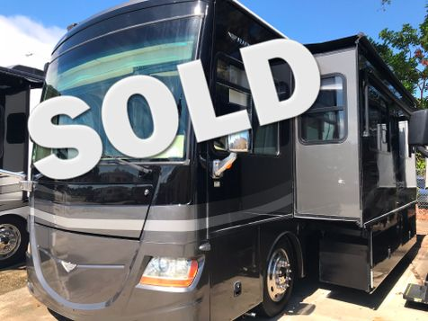 2008 Fleetwood Discovery 40x 3 Slides LOADED! in Palmetto, FL