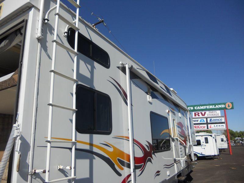 2008 Fleetwood Gear Box 335 FS  in Phoenix, AZ