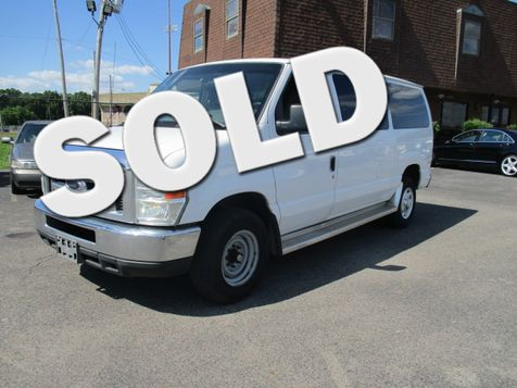 2008 Ford Econoline Wagon 12 passenger  XLT in Memphis, Tennessee
