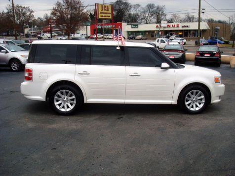 2011 Ford Flex SEL | Nashville, Tennessee | Auto Mart Used Cars Inc. in Nashville, Tennessee