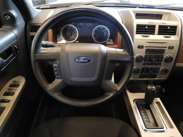 2008 Ford Escape XLT  city TN  Doug Justus Auto Center Inc  in Airport Motor Mile ( Metro Knoxville ), TN