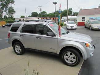 2008 Ford Escape XLT Fremont, Ohio 2