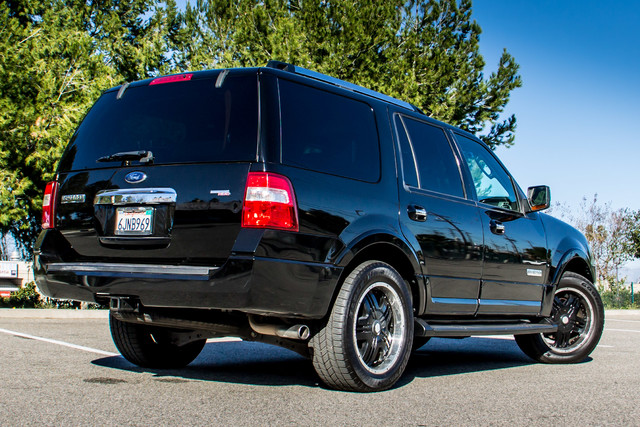 2008 Ford Expedition Limited - NAVI - 3RD ROW - HTD STS - TOW PKG Reseda, CA 9