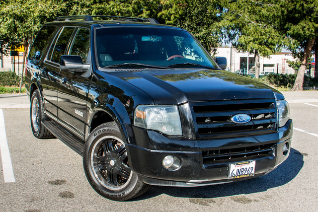 2008 Ford Expedition Limited - NAVI - 3RD ROW - HTD STS - TOW PKG Reseda, CA 44