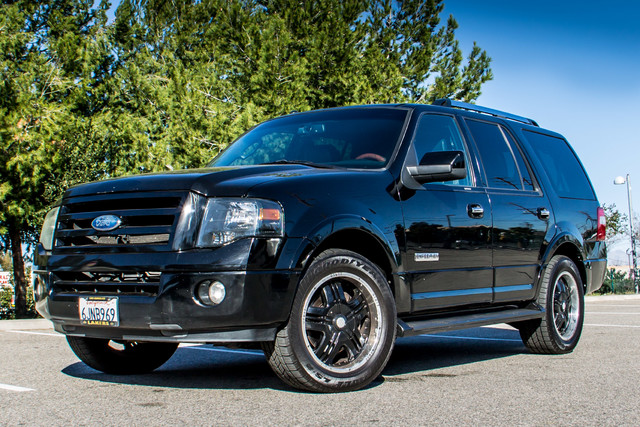 2008 Ford Expedition Limited - NAVI - 3RD ROW - HTD STS - TOW PKG Reseda, CA 2