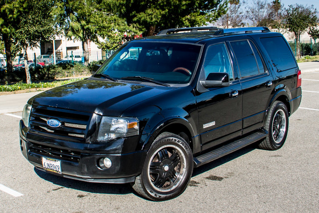 2008 Ford Expedition Limited - NAVI - 3RD ROW - HTD STS - TOW PKG Reseda, CA 1