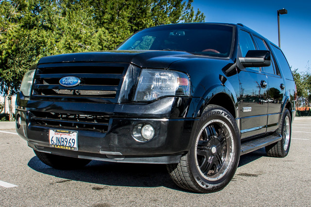 2008 Ford Expedition Limited - NAVI - 3RD ROW - HTD STS - TOW PKG Reseda, CA 42