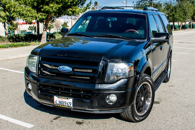 2008 Ford Expedition Limited - NAVI - 3RD ROW - HTD STS - TOW PKG Reseda, CA 43