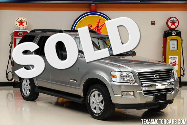 2008 Ford Explorer XLT This Clean Carfax 2008 Ford Explorer XLT is in great shape with only 76 21