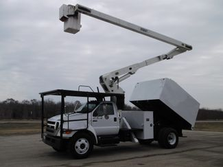 2008 Ford F750 XL SD Chipper Dump with Bucket, 60', Auto ., . 2