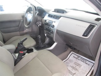 2008 Ford Focus S Gardena, California 12