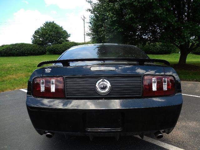 2008 Ford Mustang GT Premium Leesburg, Virginia 7