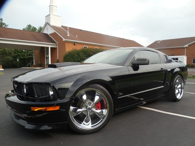 2008 Ford Mustang GT Premium  Supercharged Package Leesburg, Virginia 3