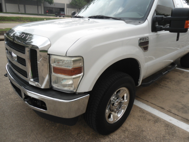 2008 Ford Super Duty F-250 SRW XLT Diesel 4X4 Plano, Texas 11