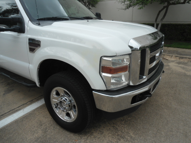2008 Ford Super Duty F-250 SRW XLT Diesel 4X4 Plano, Texas 6