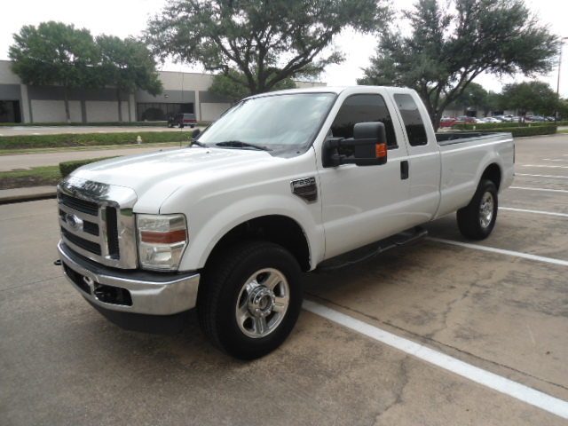 2008 Ford Super Duty F-250 SRW XLT Diesel 4X4 Plano, Texas 8