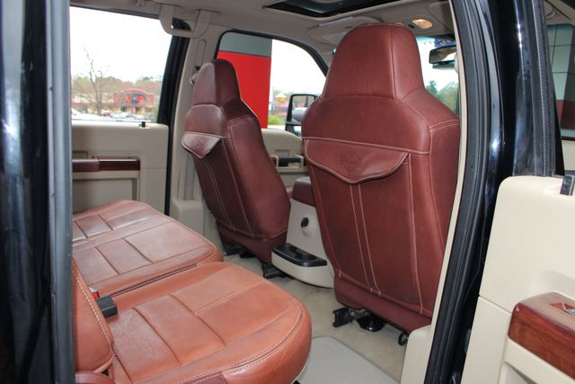 2008 Ford Super Duty F-450 DRW King Ranch Crew Cab 4x4 OFF ROAD - SUNROOF! Mooresville , NC 40