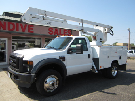2008 Ford Super Duty F-550 DRW XL in Glendive, MT