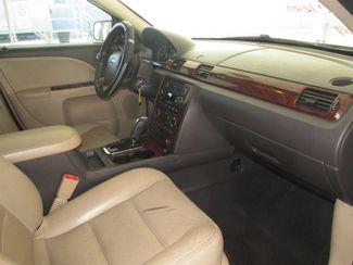 2008 Ford Taurus SEL Gardena, California 8