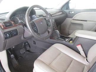 2008 Ford Taurus SEL Gardena, California 4