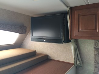 2009 For Rent-31' Chateau Class C w/ 2 Slide outs Katy, Texas 12