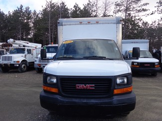 2008 GMC 3500 16FT Cube Van Hoosick Falls, New York 1