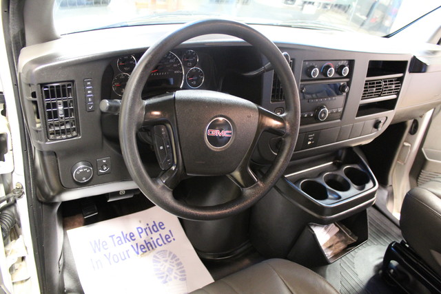 2008 GMC Savana Cutaway C6Y SRW Roscoe, Illinois 17