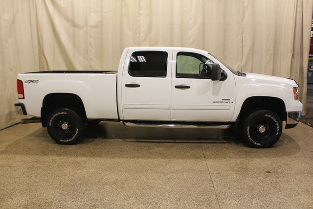 2008 GMC Sierra 2500HD SLE2 Roscoe, Illinois 3