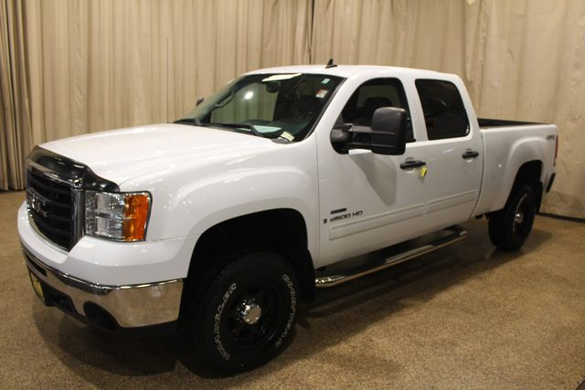 2008 GMC Sierra 2500HD SLE2 Roscoe, Illinois 2