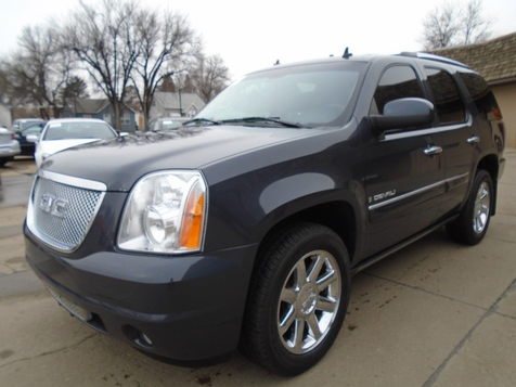 2008 GMC Yukon Denali  in Dickinson, ND