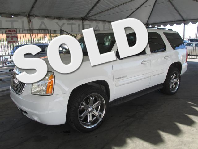 2008 GMC Yukon SLE w3SA This particular vehicle has a SALVAGE title Please call or email to chec