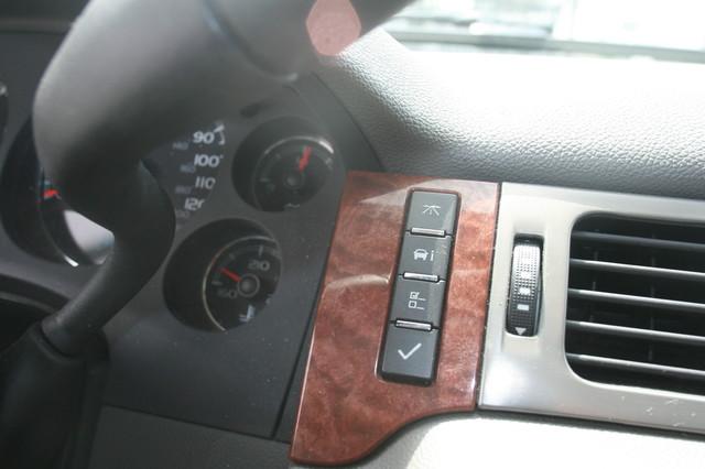 2008 GMC Yukon SLT w/4SA Houston, Texas 14