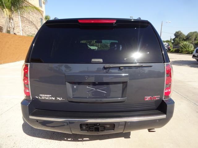 2008 GMC Yukon XL Denali Corpus Christi, Texas 7