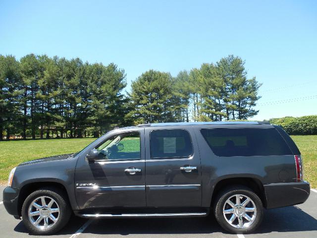 2008 GMC Yukon XL Denali Leesburg, Virginia 4