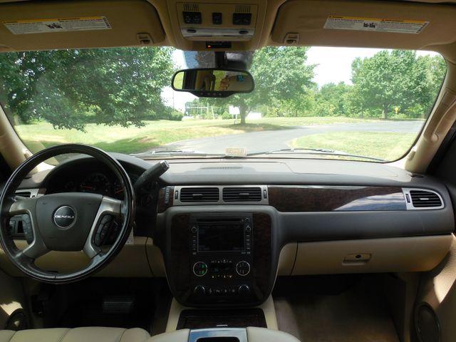 2008 GMC Yukon XL Denali Leesburg, Virginia 17