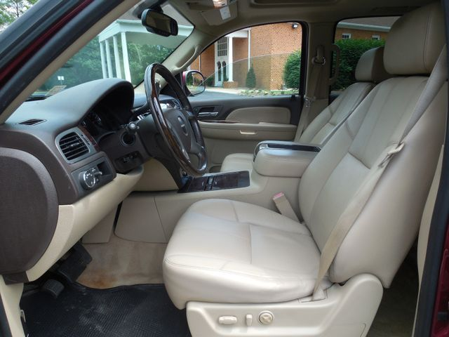 2008 GMC Yukon XL Denali Leesburg, Virginia 16