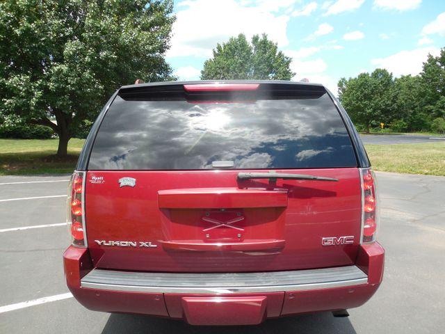 2008 GMC Yukon XL Denali Leesburg, Virginia 6