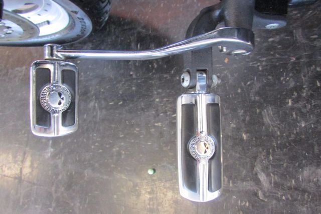 2008 Harley-Davidson Dyna Glide Fat Bob™ Arlington, Texas 36