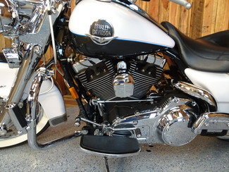 2008 Harley-Davidson Road King® Classic FLHRC Anaheim, California 24