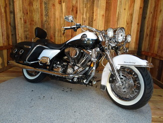 2008 Harley-Davidson Road King® Classic FLHRC Anaheim, California 10