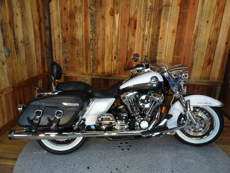 2008 Harley-Davidson Road King® Classic FLHRC Anaheim, California 12