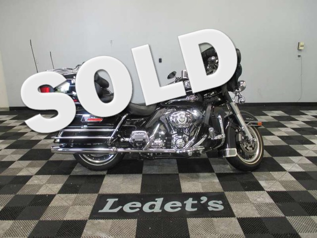 2008 Harley-Davidson Ultra Classic Electra Glide  - Ledet's Auto Sales Gonzales_state_zip in Gonzales Louisiana