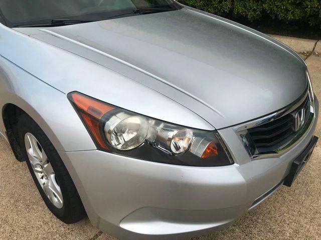 2008 Honda Accord LX-P Plano, Texas 4