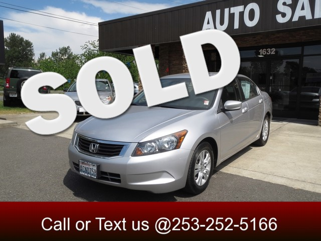 2008 Honda Accord LX-P The CARFAX Buy Back Guarantee that comes with this vehicle means that you c